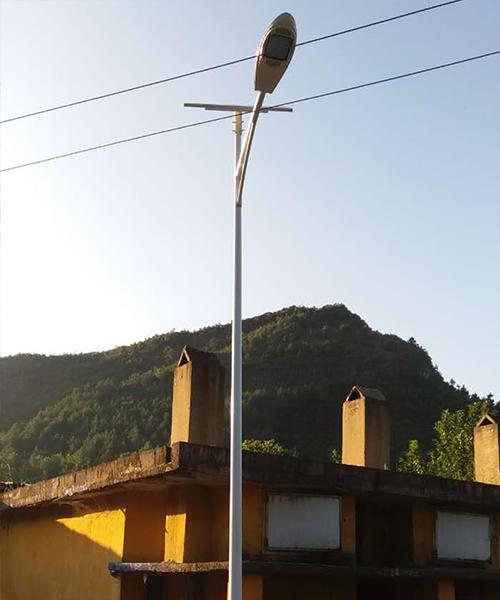 河南太阳能LED路灯A型臂