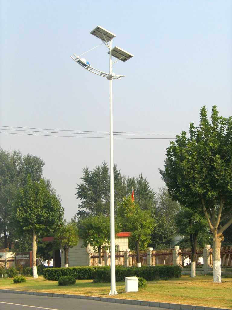 双层太阳能电池板太阳能路灯