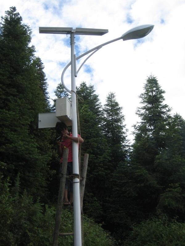 6米太阳能路灯价格的几种配置方案