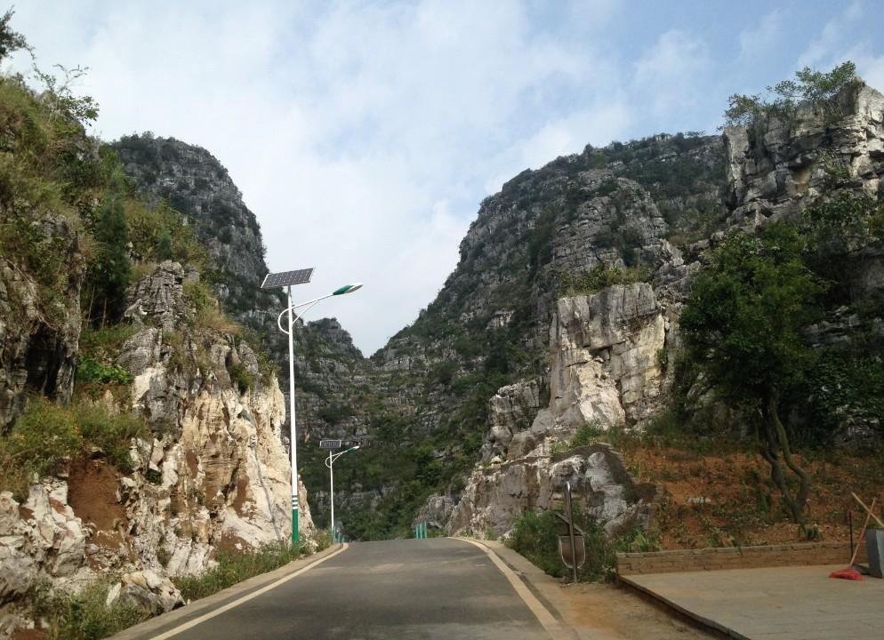 山区用常规太阳能路灯
