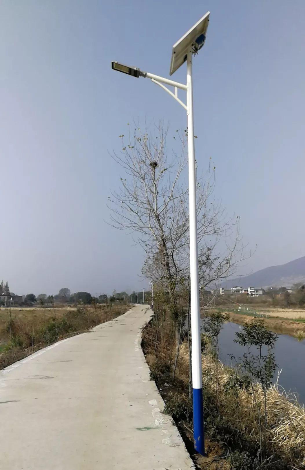 河南6米太阳能路灯A形臂样式