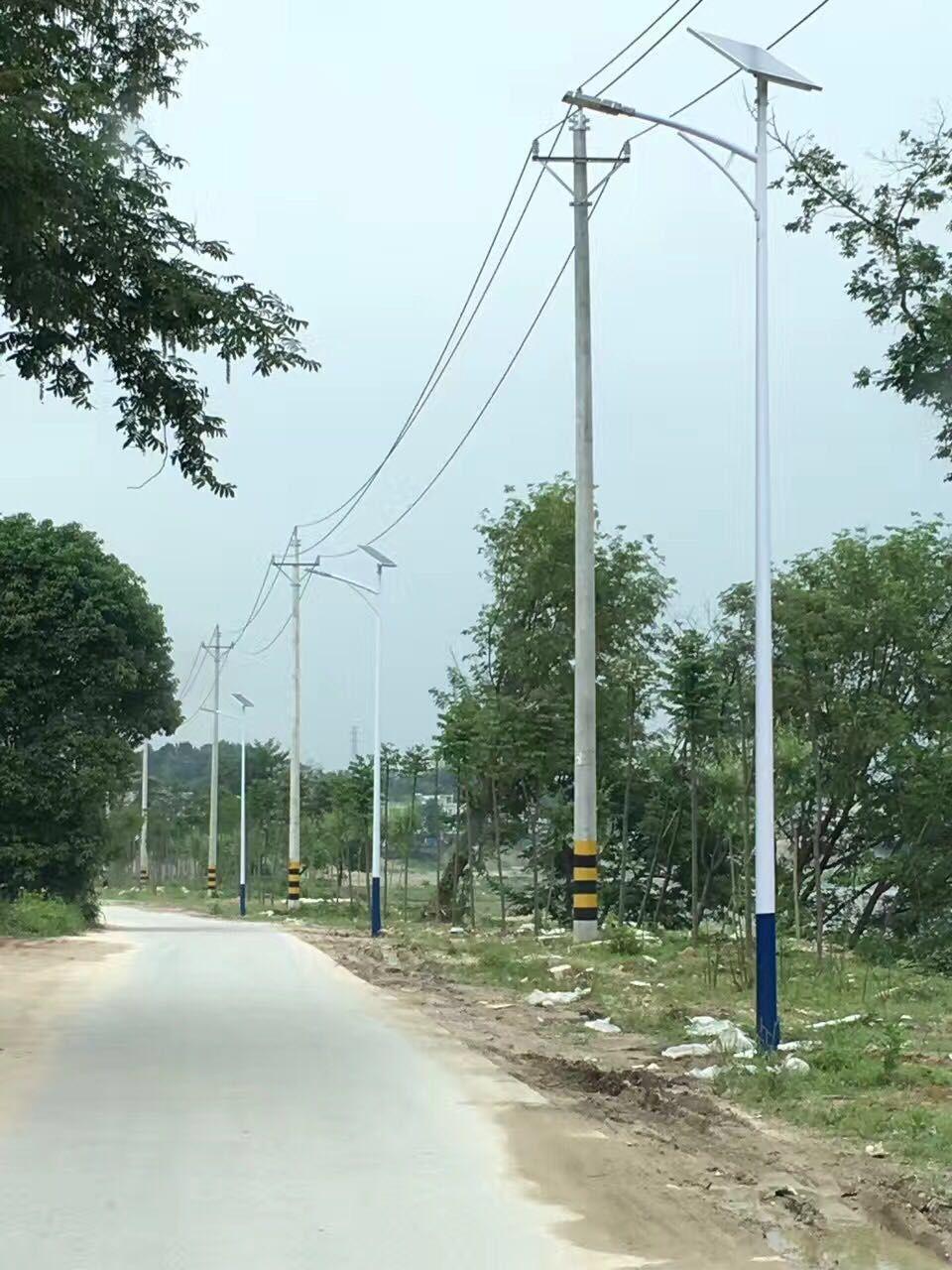 河南省三门峡市郊区6米A字臂太阳能路灯