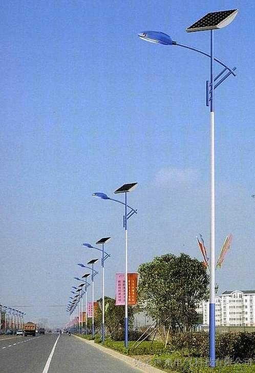 河南省开封市6米30W太阳能路灯