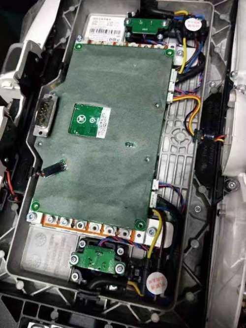 河南省太阳能路灯锂电池组件内部结构
