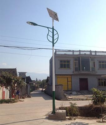 河南省新密市农村太阳能路灯