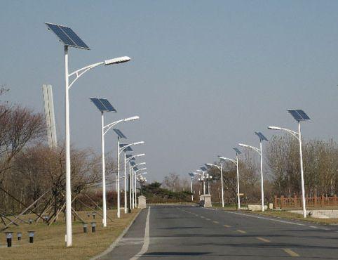 河南郑州6米太阳能路灯