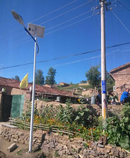 河南开封农村6米30W太阳能路灯