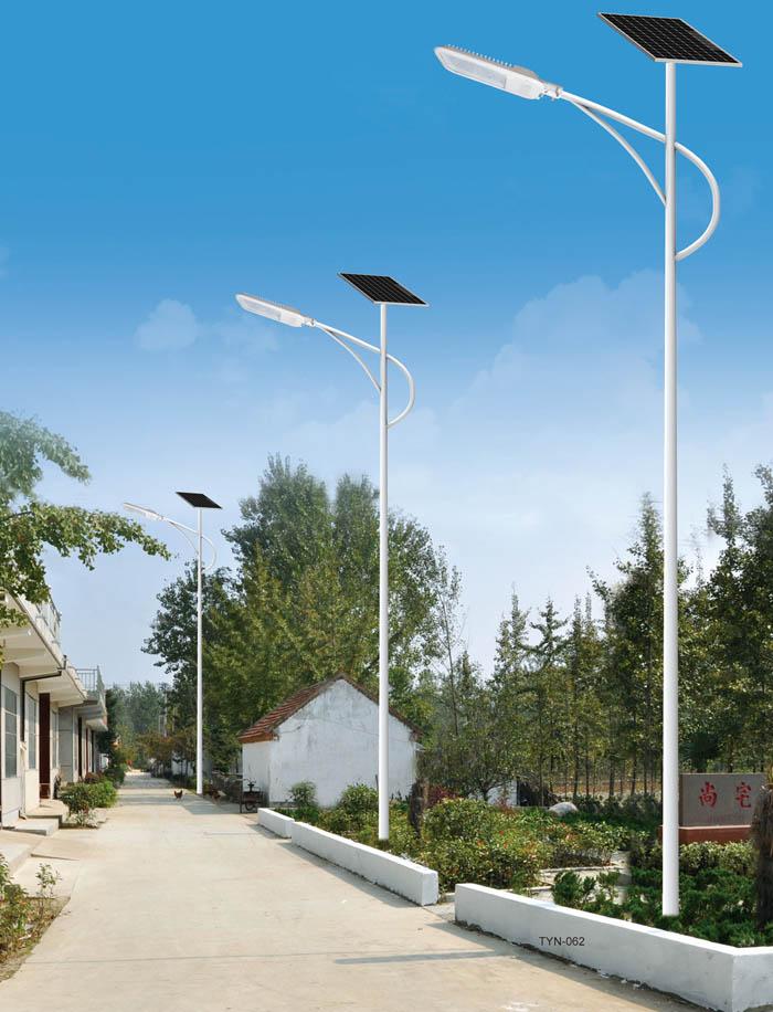 河南新乡农村6米乡村配置太阳能路灯