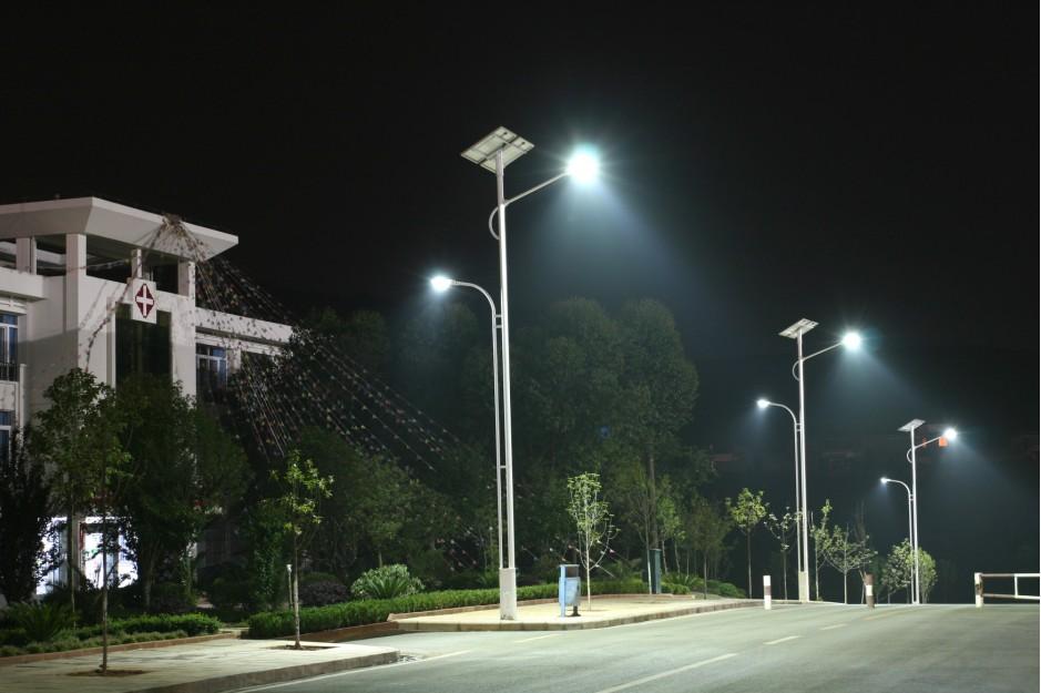 河南太阳能路灯配置哪种性价比高