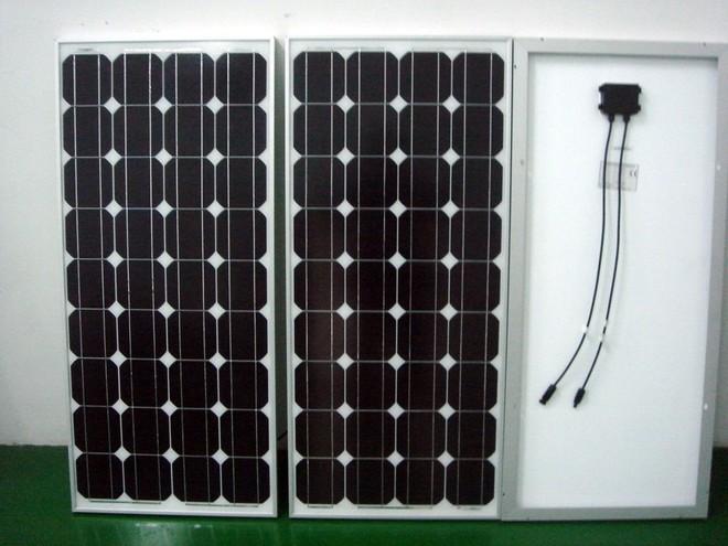 河南省郑州市常用太阳能路灯电池板