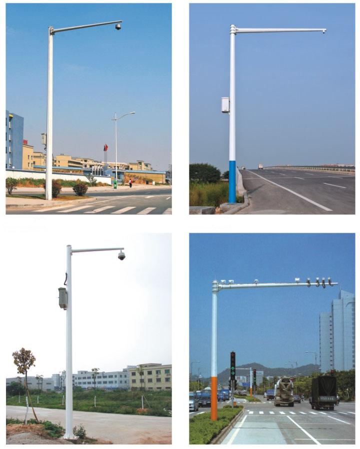 河南郑州分布于不同路段的摄像机立杆