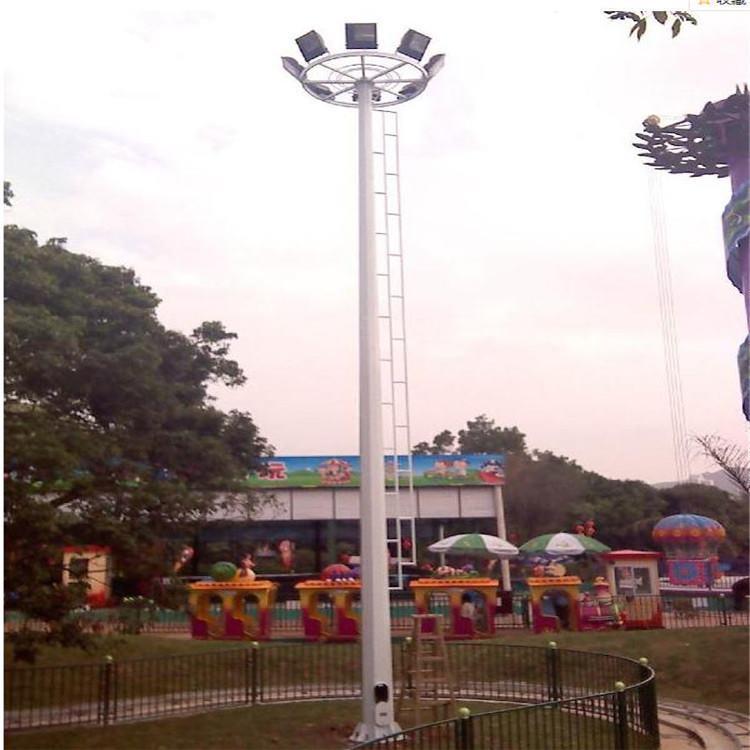 河南30米高杆灯安装在游乐场