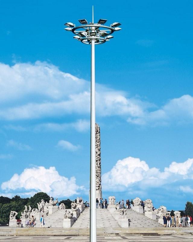 河南省郑州市某旅游景区安装的高杆灯产品