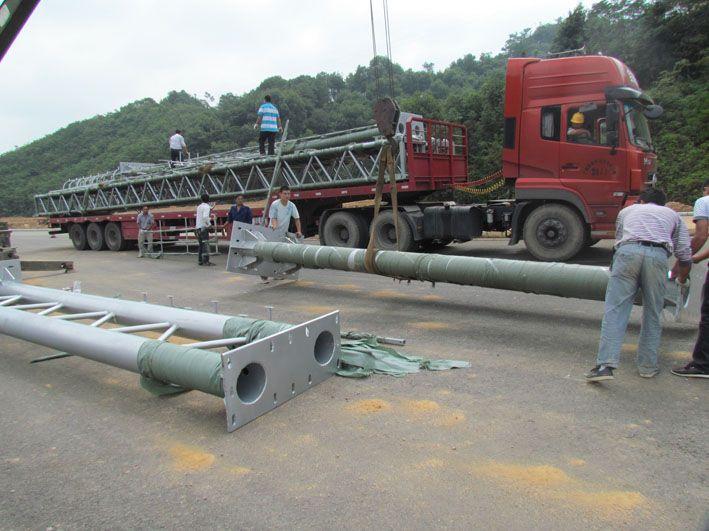 河南省郑州市某地安装龙门架产品